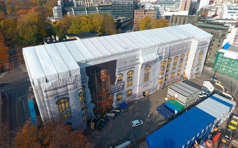 Takoverbygg over Historisk Museum